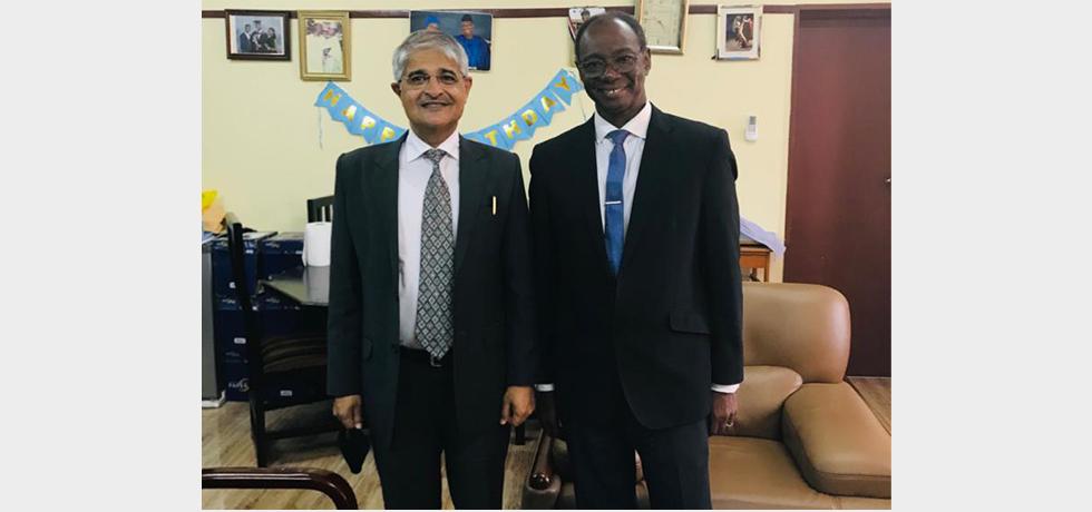 High Commissioner Rakesh Arora with Sierra Leone Health & Sanitation Minister H.E. Prof. Alpha Tejan Wurie (16 Nov 2020)